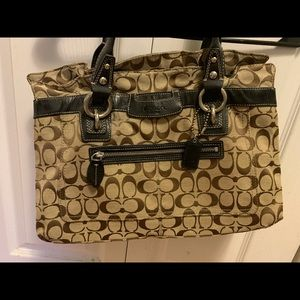Barely used coach purse.